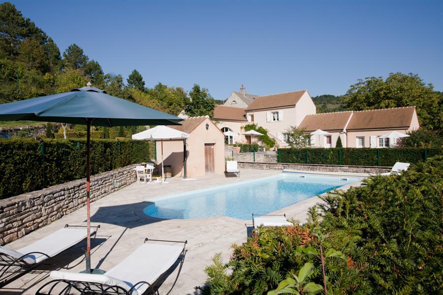 Domaine De La Combotte  Nantoux  Tourisme En Bourgogne