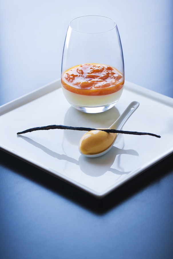 Panacotta aux abricots - CHEZ GUY AND FAMILY©PHOTOGRAPHIC