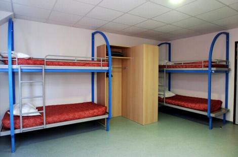 chambre collective avec sanitaires complets