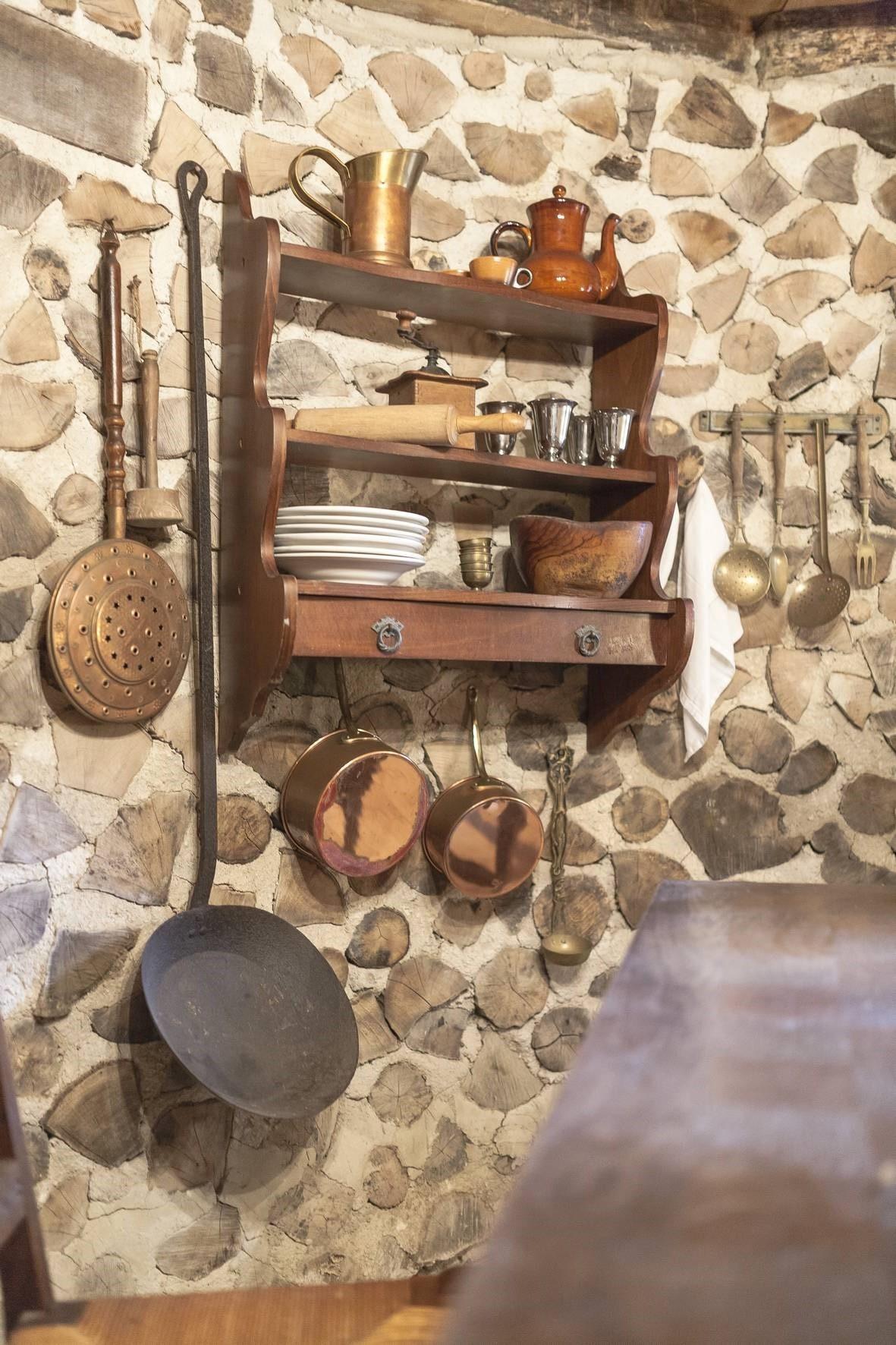 Détail1 Maison de Hobbit - Domaine de la Pierre Ronde © E.Correia