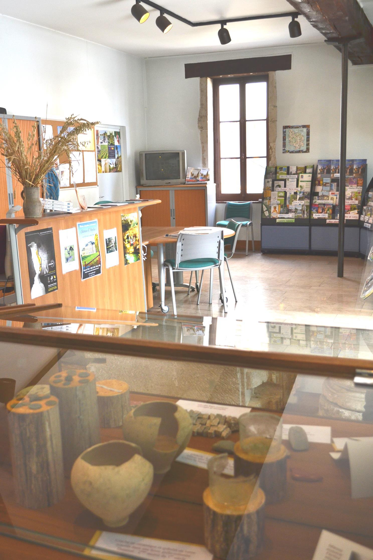 Office de tourisme du mirebellois et fontenois bit de mirebeau sur b ze mirebeau sur b ze - Office tourisme cote d or ...