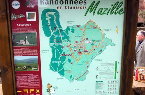 Balades vertes_ panneau de signalisation Mazille_ITIBOU071159937