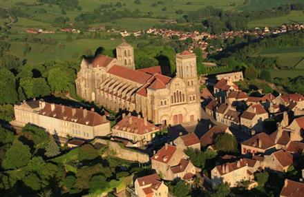 Basilique de Vézelay leger