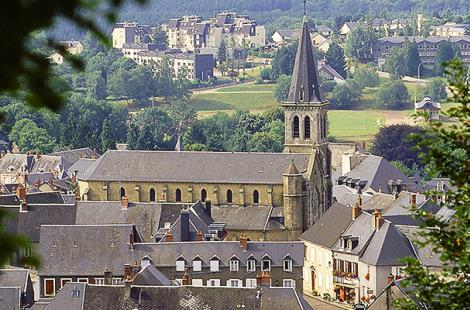 Chateau Chinon_Photo-Alain-Doire_Bourgogne-Tourisme 1