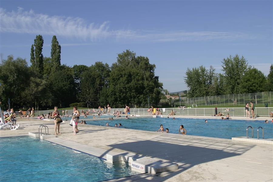 Piscine municipale de cluny tourisme en bourgogne for Cash piscine 71