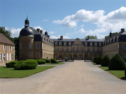 Web - Château Pierre de Bresse © OTPBB