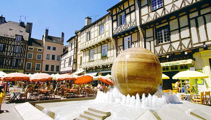 Chalon sur sa ne site officiel du tourisme en bourgogne for Chalon sur saone piscine