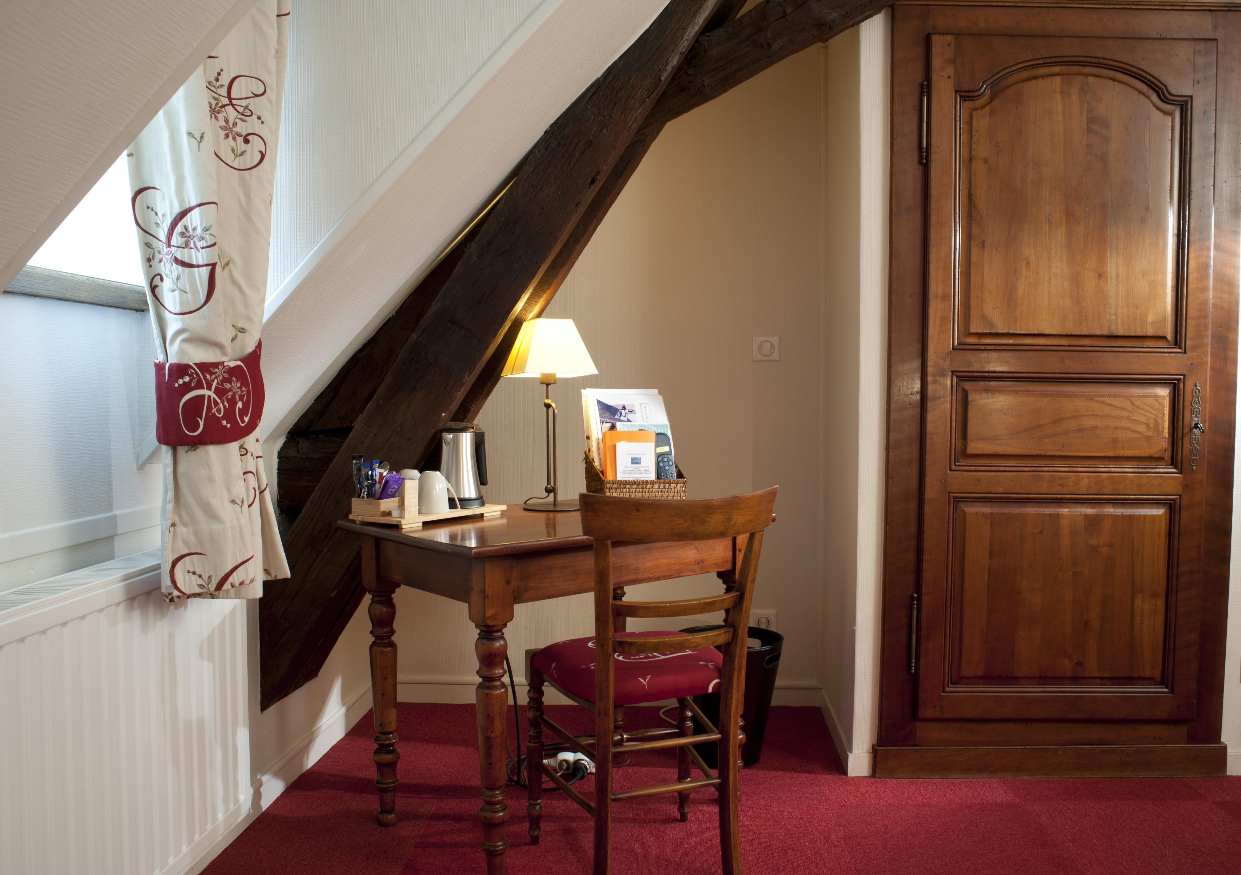 h tel wilson ch teaux et h tels collection dijon c te d 39 or en bourgogne c te d 39 or tourisme. Black Bedroom Furniture Sets. Home Design Ideas