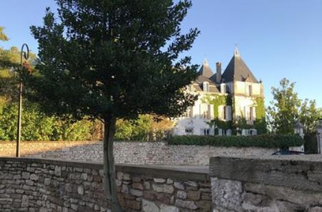 Guest-house-in-Bourgogne-Les-Maisons-de-Chamirey-La-Maison-du-Grand-Four