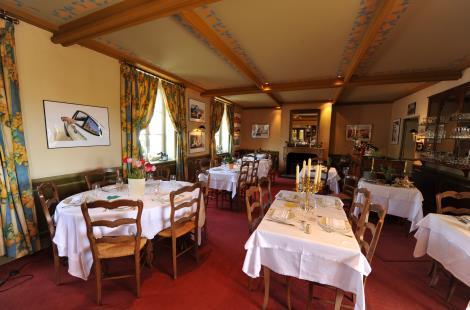Salle de restaurant - Borne Impériale - Saulieu