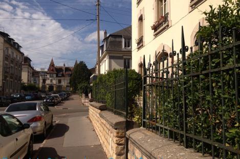 Entrée La Conciergerie par le n°4 rue Bernard Courtois