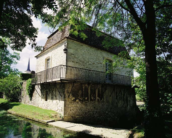 Pavillon du Père Abbé - Château de Gilly © C.BIELSA