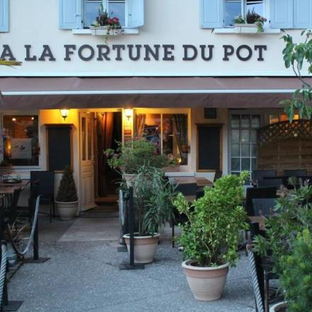 Copyright_À la Fortune du Pot