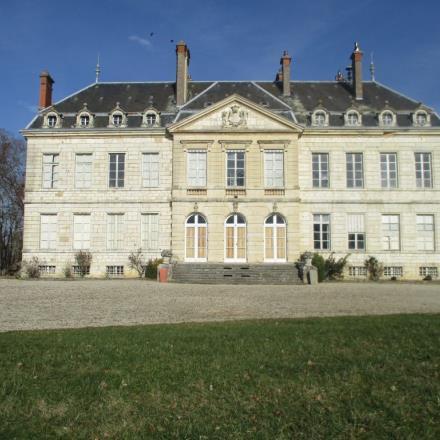 Exterieur-Chateau-de-Brognon