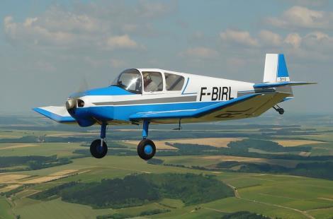 Jodel D 112 en vol F BIRL