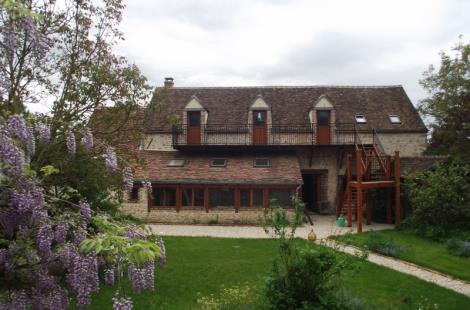 La Grange des Blins et sa glycine (800x600)