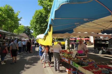 Marché © Mairie Saint Germain du Plain