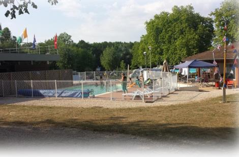 camping de Cuisery piscine © Mairie Cuisery